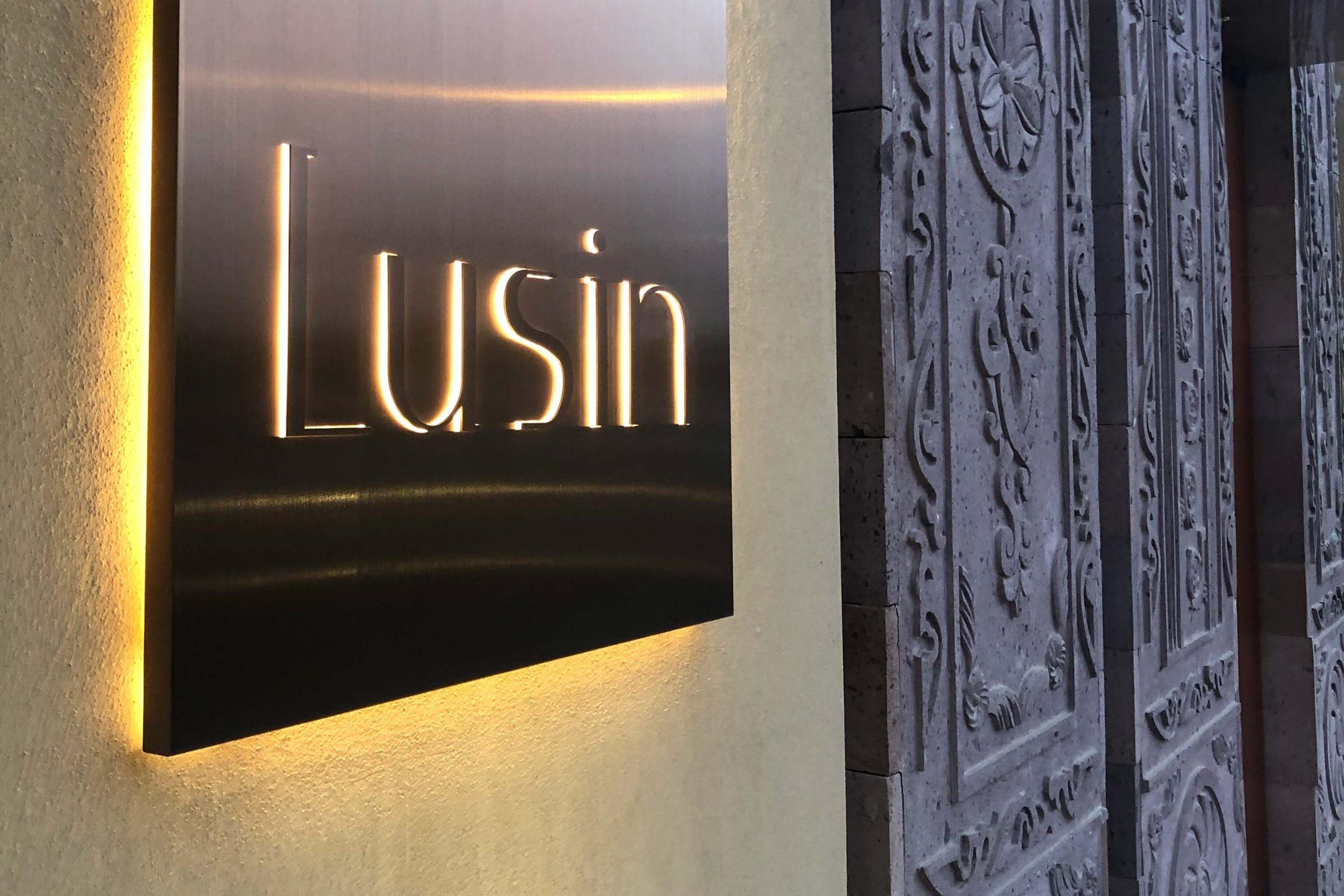 Lusin-34-Work-By-YaStudio